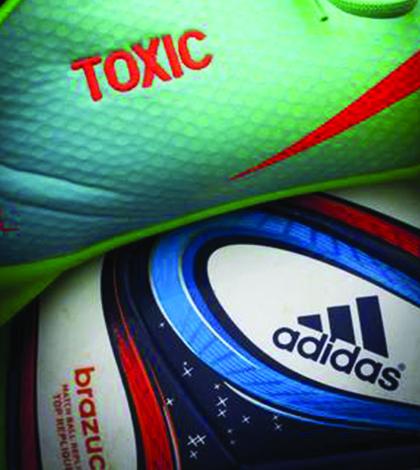Greenpeace diz que bola da Copa tem material tóxico