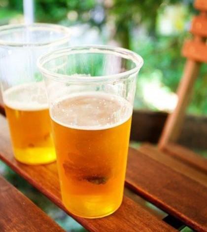 Outdoor faz sucesso ao oferecer cerveja!