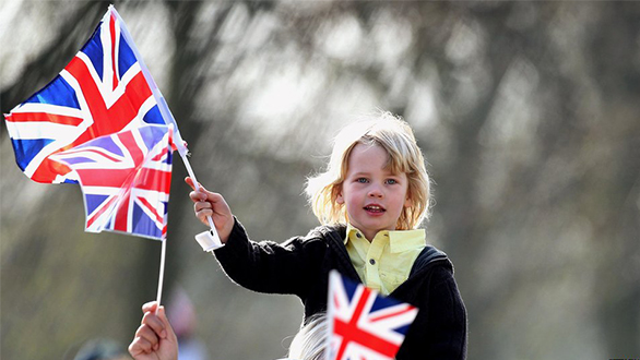 Entenda o visto para crianças que moraram há 07 anos no uk