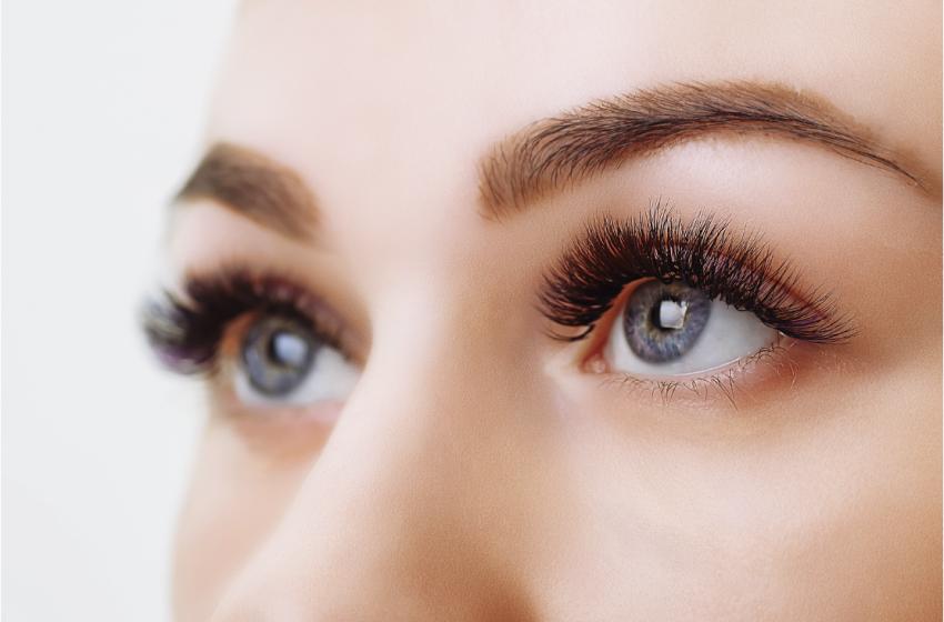 Cílios e sobrancelhas  – Gabi Figueira